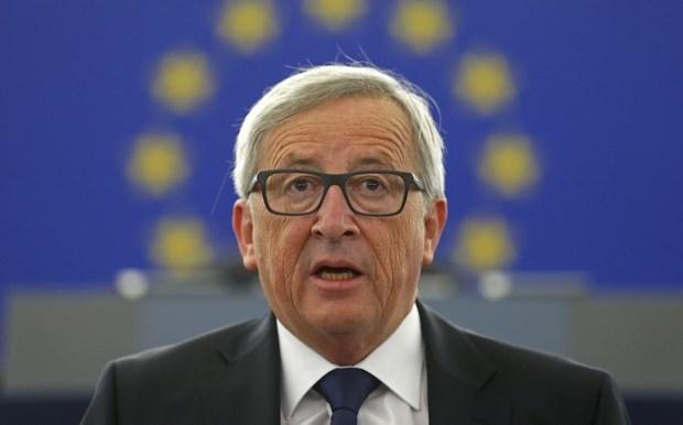 Ο Γιούνκερ μας παρουσιάζει πώς θα είναι η ΕΕ χωρίς τη Βρετανία
