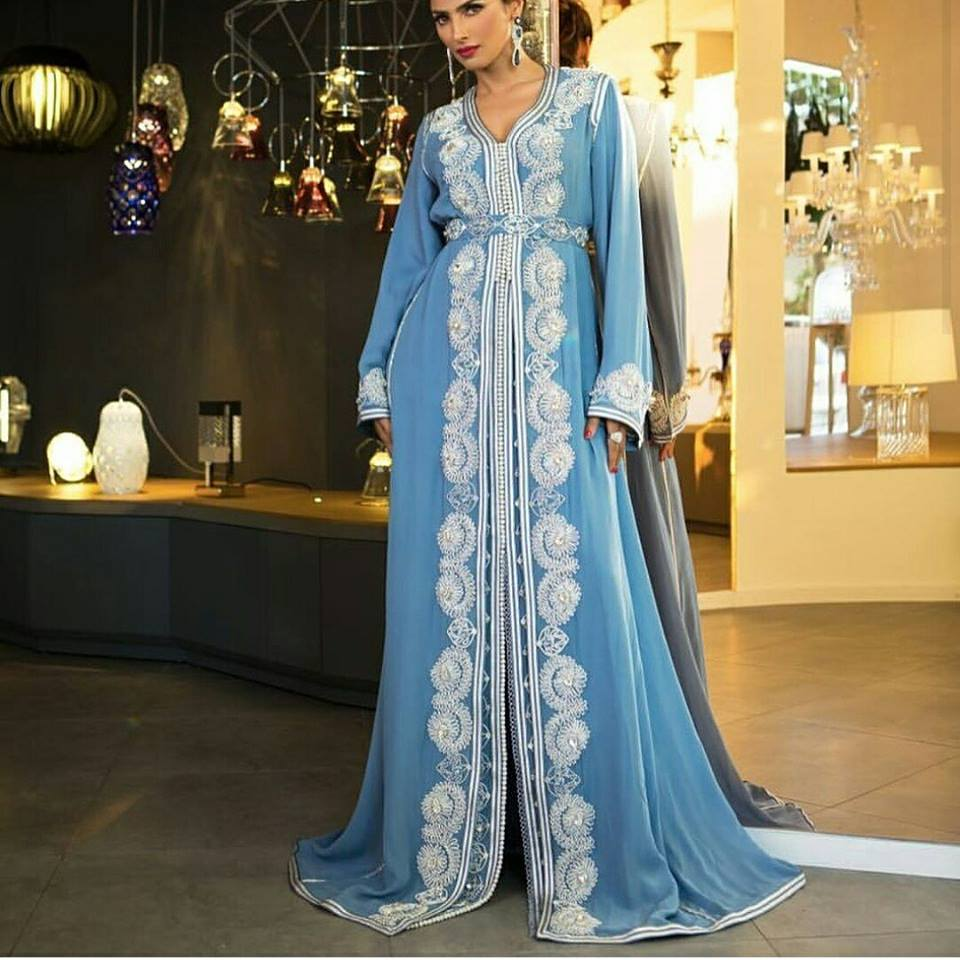 caftan 2018 vente paris bruxelles catalogue hiver caftan marocain boutique 2018 vente caftan. Black Bedroom Furniture Sets. Home Design Ideas