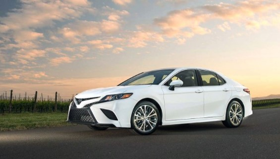2019 Toyota Camry Expanded Standard Features