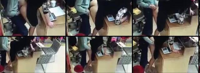 Türk Esnaf At Gibi Karısını Dükkan İçinde Sikiyor. WTF?