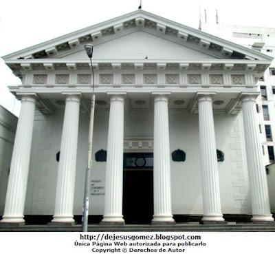 Foto a la fachada del Museo del Congreso y de la Inquisición de Jesús Gómez