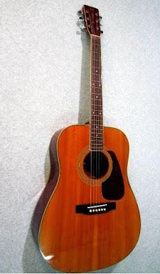 Làm sao để phân biệt một cây đàn guitar tốt