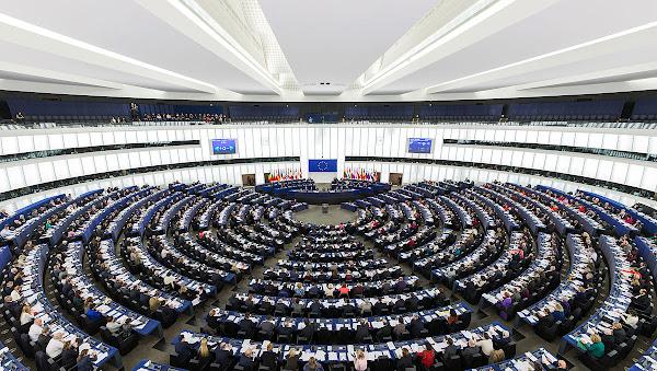 10月27日,歐洲議會正是否決了關於網路中立性規則的修正案。