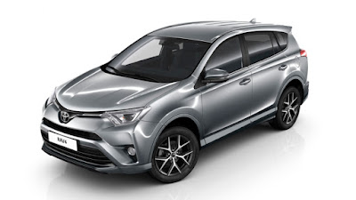 2017 Toyota RAV4 Hybrid side angle  HD Photos
