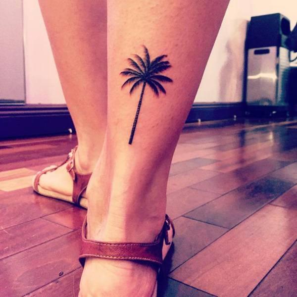 Mini tatuagens femininas para os tornozelos