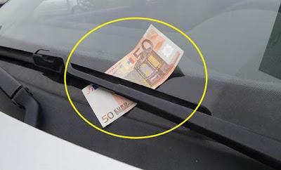 ΠΡΟΣΟΧΗ – Αν δείτε κάτω από τον υαλοκαθαριστήρα λεφτά μην πλησιάσετε το όχημα σας