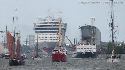 Hafengeburtstag Hamburg, Einlauf, Schiffe, Boote, Aida, Eisbrecher Stettin, Segler