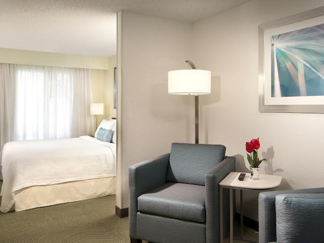HotelSpringHill Suites Boca Raton: quarto