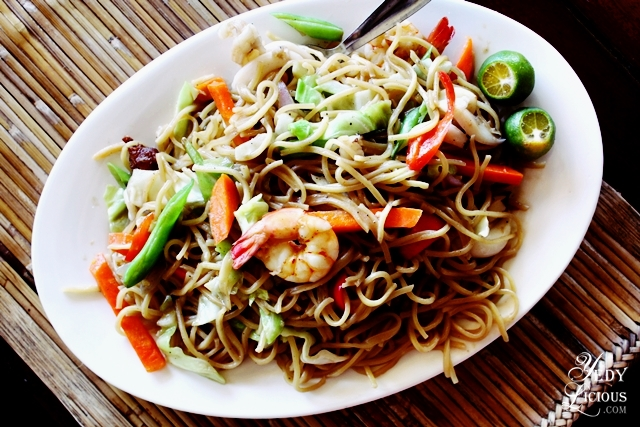 Pancit Canton at Badjao Seafront Restaraunt Best Restaurants in Puerto Princesa Palawan Philippines YedyLicious Manila Food and Travel Blog