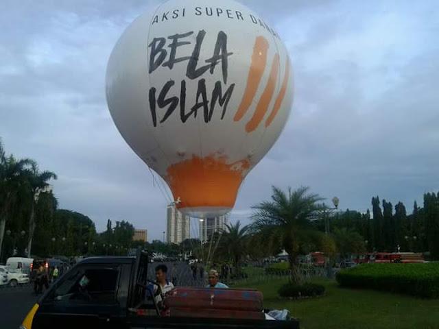 Aksi Damai Bela ISlam 02 Desember 2016