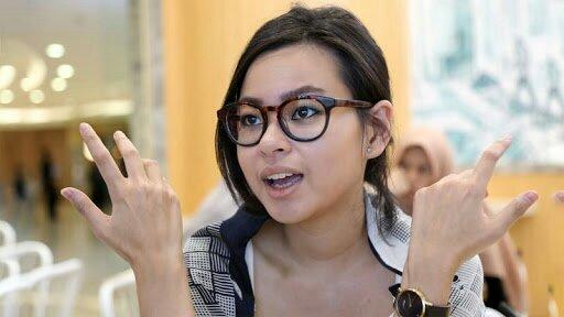 Jejak Digital, Cucu Bung Hatta Suka Mengumpat & Berkata Kotor