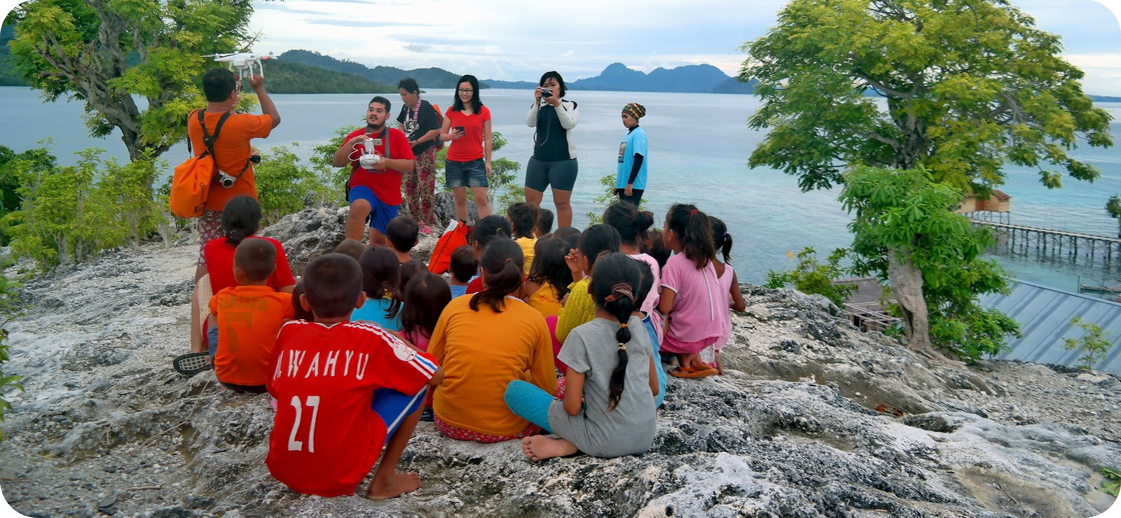 Sulawesi Archives Blog Indonesia Tcash Vaganza 17 Varka V189 Sepatu Casual Dan Olahraga Wanita Anak Suku Bajo Togean