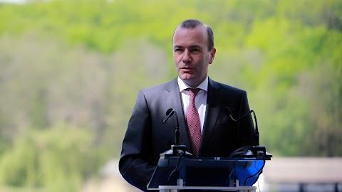 Több százezer eurót tehetett zsebre Weber a költségtérítésekkel trükközve