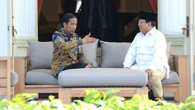 Akrabnya Prabowo dan Jokowi