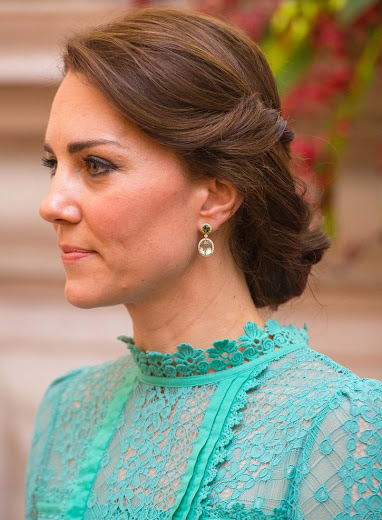 Catherine, Duchess of Cambridge and Prince William, Duke of Cambridge meet Prime Minister of India Narendra Modi. Kate Middleton diamond earrings