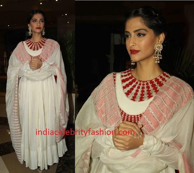 Sonam Kapoor in Anamika Khanna Anarkali