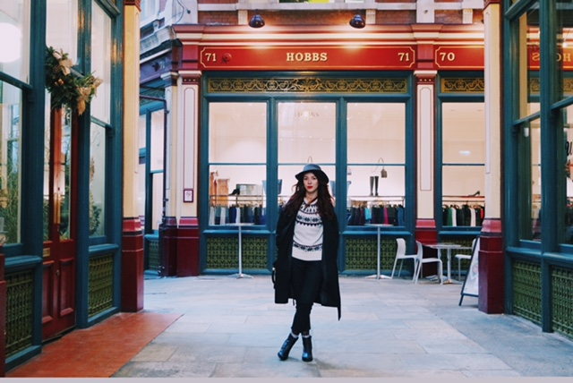 save the friday, red hair, christmas, outfits, ootd, london, londres, jacquard, ugly christmas sweater, leadenhall market, blog,