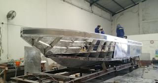 perakitan kapal alumunium - TEKNOLOGI KAPAL PERIKANAN BERBAHAN ALUMUNIUM