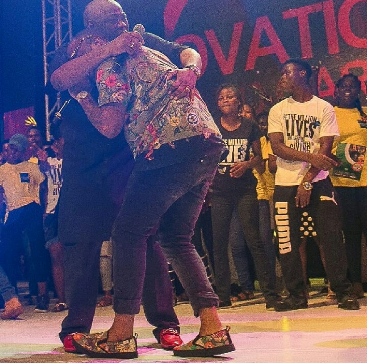 2 - FINALLY! Davido Publicly Apologizes To Dele Momodu As They End Their Beef (Photos)