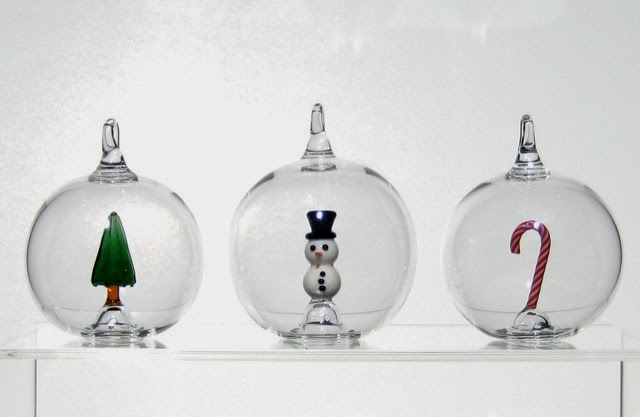 Simply Creative: Hand Blown Glass Christmas Ornaments By