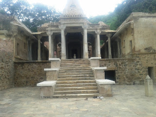 someshwara temple at bhangarh