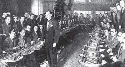 Simultáneas de Alekhine en el Ateneu Barcelonés en 1923