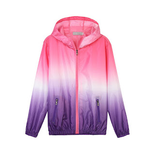 http://www.banggood.com/Casual-Women-Hooded-Gradient-Sport-Sun-Protection-Coat-p-1071473.html?utm_source=sns&utm_medium=redid&utm_campaign=naokawaii_10th&utm_content=chelsea
