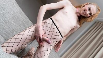 Tgirls.xxx – Ella Venus Cums