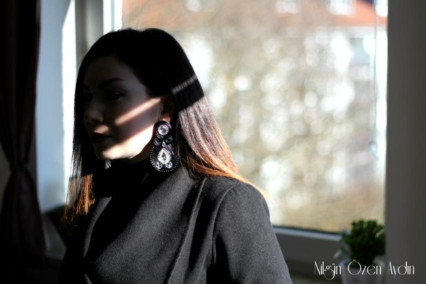 Siyah Kaşe Ceket-el yapımı küpe
