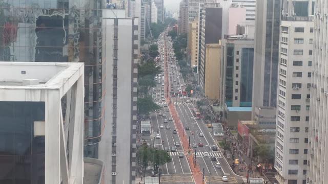 Av. Paulista vista desde o mirante do Sesc