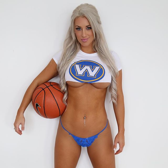 Fitness Model Laci Kay Somers photos