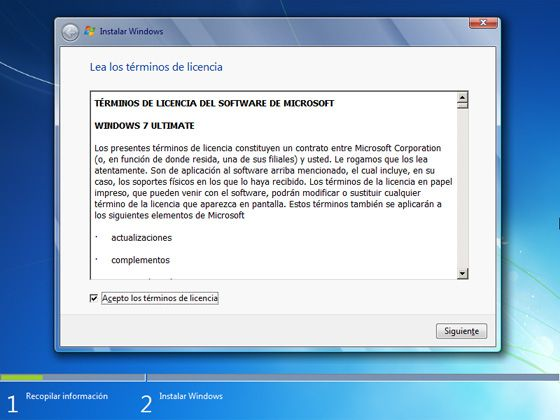 Antes de hacer la instalación debemos aceptas la licencia y términos de uso de Windows.