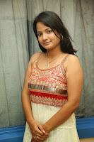 Actress Hemanthini Photos gallery HeyAndhra