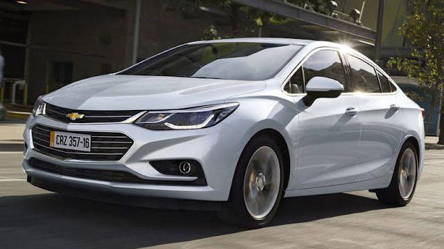 Novo GM Cruze apresenta preços de revisão mais em conta