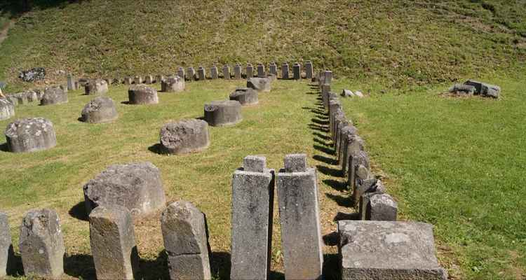 Ruinele cetatii Sarmizegetusa Regia