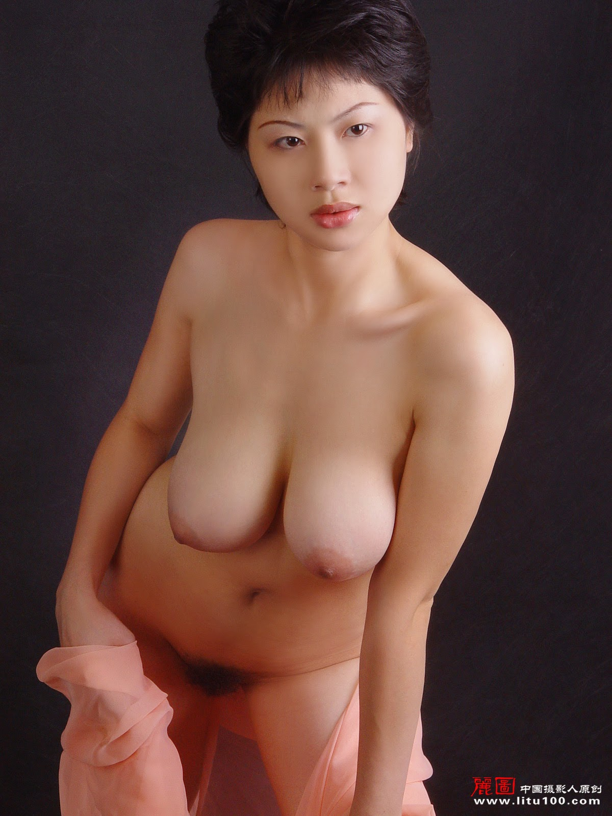 Authoritative Taiwanese artist naked photo