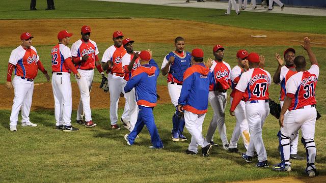 Por segundo año consecutivo una escuadra de la Isla competirá en ese circuito beisbolero que se juega en Canadá y Estados Unidos.