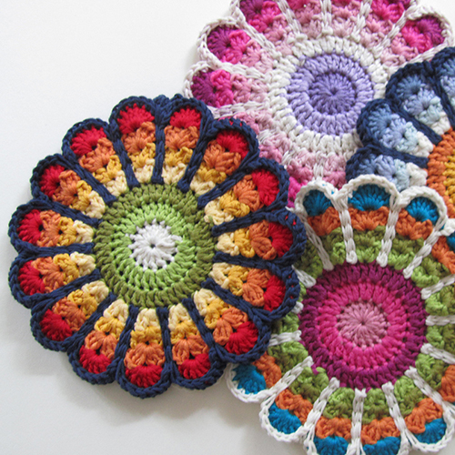Flower Potholders free Crochet Pattern
