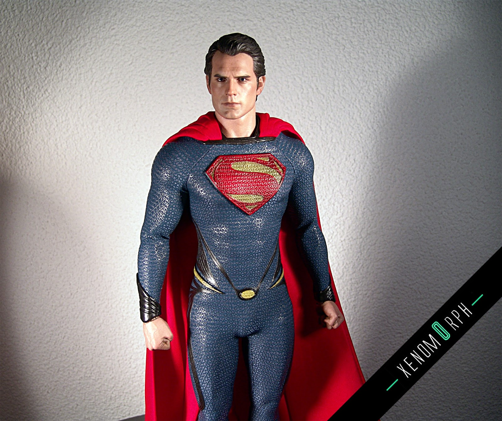 Hot Toys Man of Steel - Superman MMS200 1/6 - photo gallery