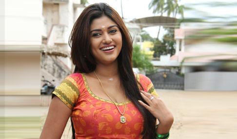 Profile of Actress Oviya