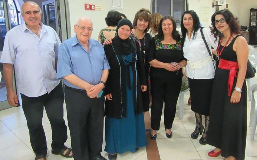 48ca3a985e624 برعاية المجلس الملّيّ الأرثوذكسيّ الوطنيّ  حيفا أقامَ نادي حيفا الثقافيّ  أمسية ثقافيّة، تناولت الكاتبة روز شوملي ابنة بيت ساحور، في حفل توقيع  كتابيْها