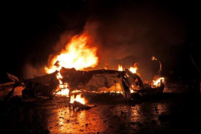 2 car bomb blasts kill 6 in Somalia