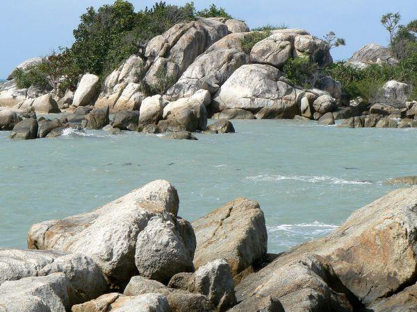 Objek wisata Pantai Parai Tenggiri Bangka Belitung 2
