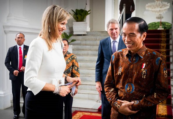 Queen Maxima wore Natan dress for visit to Indonesia