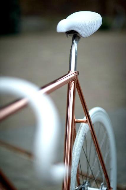 Rose gold bike frame - fashion and lifestyle blog