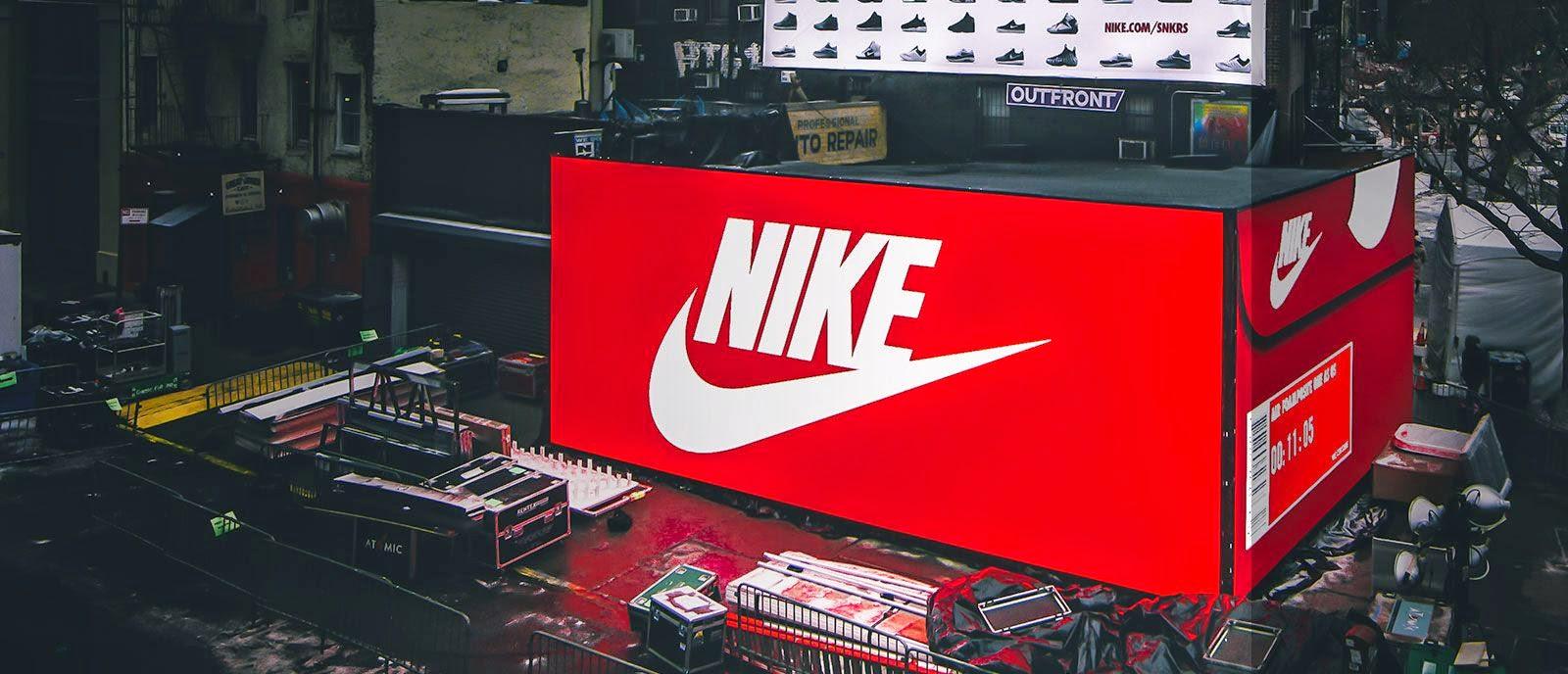 Tienda Pop Up de Nike en forma de caja en pleno centro de Nueva York