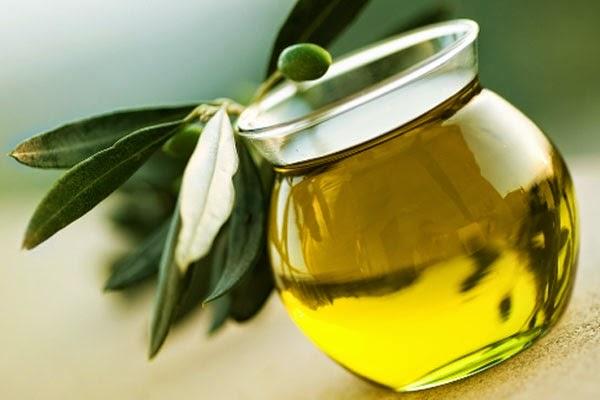 زيت الزيتون يزيل مخاطر أمراض القلب