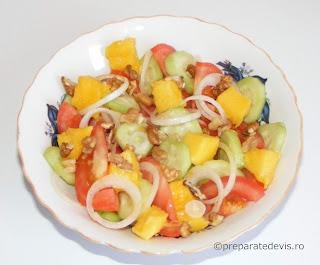 Salata cu avocado retete culinare,