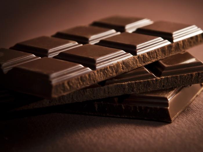 f3626bbb0 20 unidades ou 150g de tâmaras secas sem caroço – 1 barra de chocolate  amargo de 200g de sua preferência (quanto mais cacau melhor – 70 a 80% vão  deixar a ...