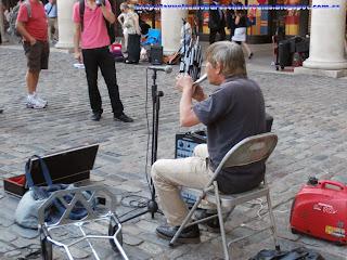 Actuación callejera en Covent Garden